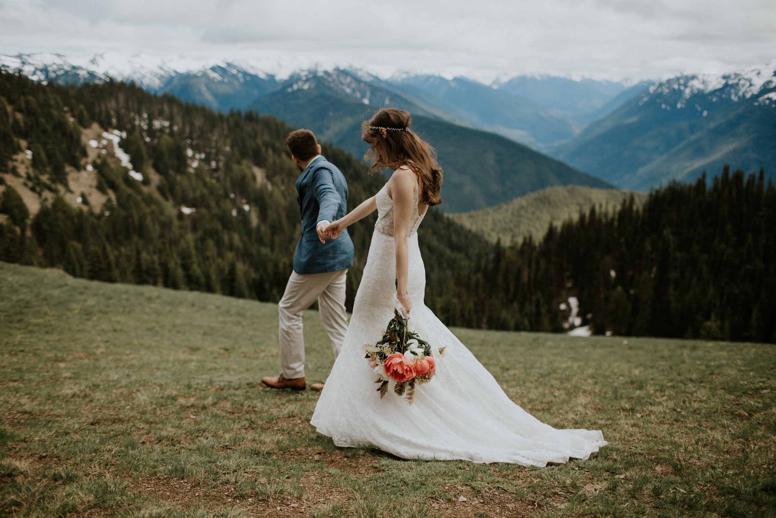 PNW-elopement-wedding-engagement-olympic national park-port angeles-hurricane ridge-lake crescent-kayla dawn photography- photographer-photography-kayladawnphoto-207.jpg