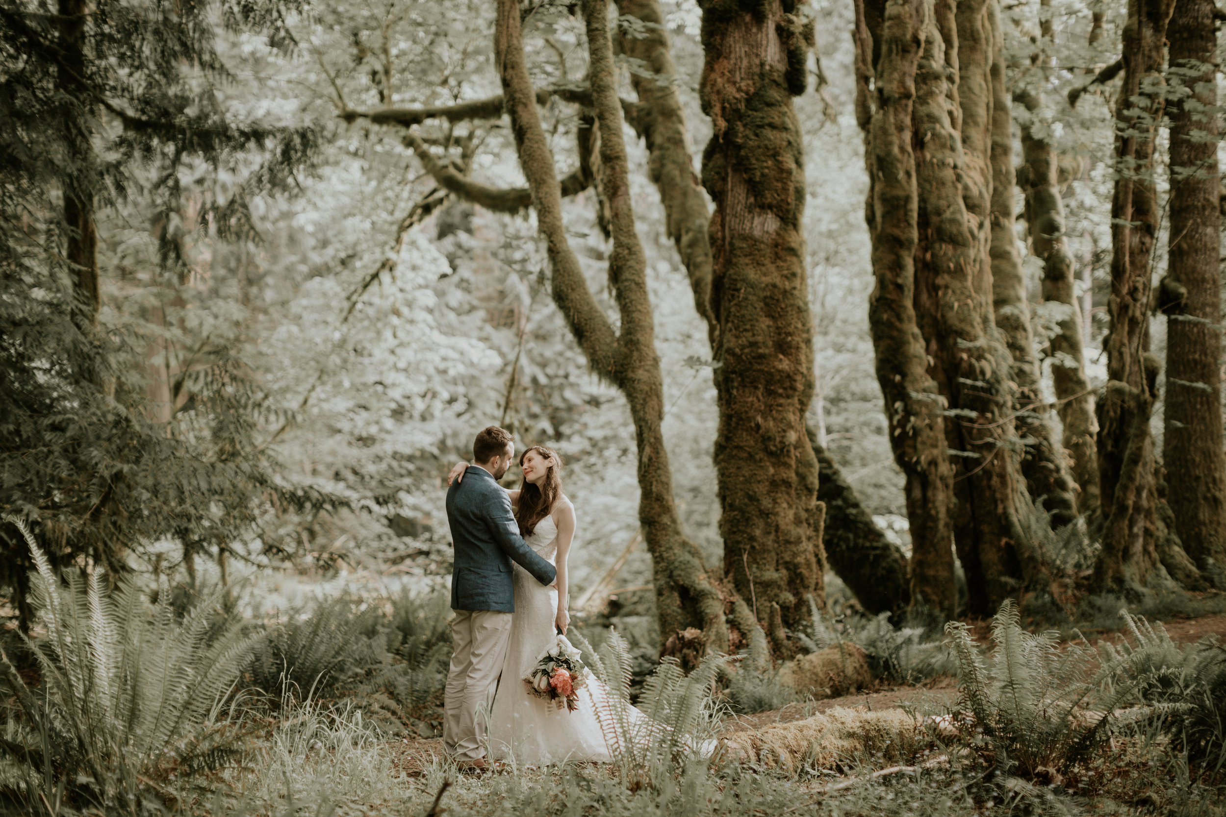 PNW-elopement-wedding-engagement-olympic national park-port angeles-hurricane ridge-lake crescent-kayla dawn photography- photographer-photography-kayladawnphoto-278.jpg