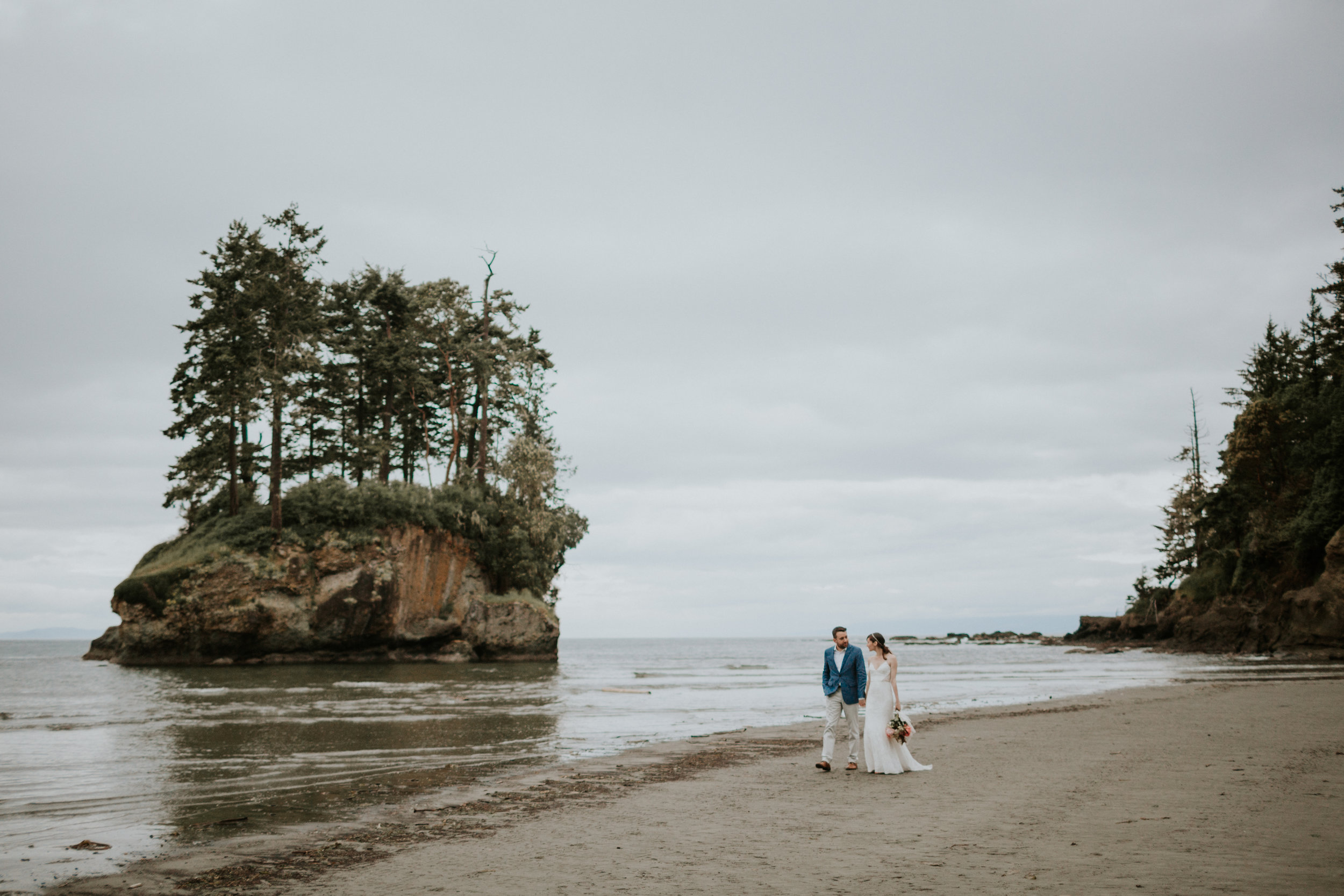 PNW-elopement-wedding-engagement-olympic national park-port angeles-hurricane ridge-lake crescent-kayla dawn photography- photographer-photography-kayladawnphoto-296.jpg