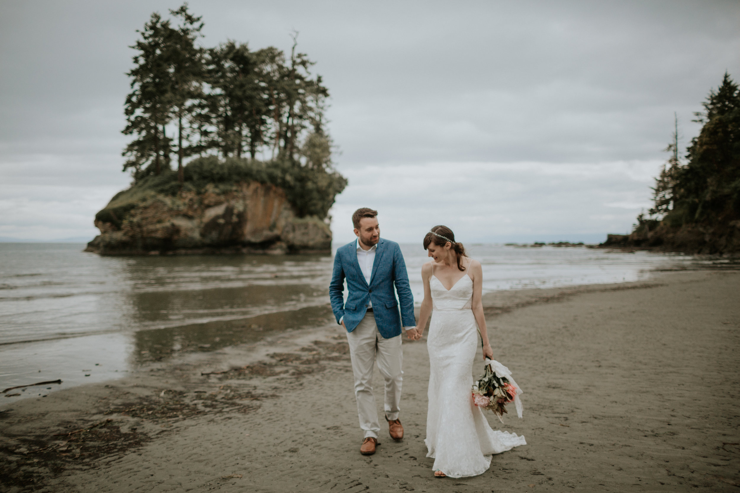 PNW-elopement-wedding-engagement-olympic national park-port angeles-hurricane ridge-lake crescent-kayla dawn photography- photographer-photography-kayladawnphoto-297.jpg