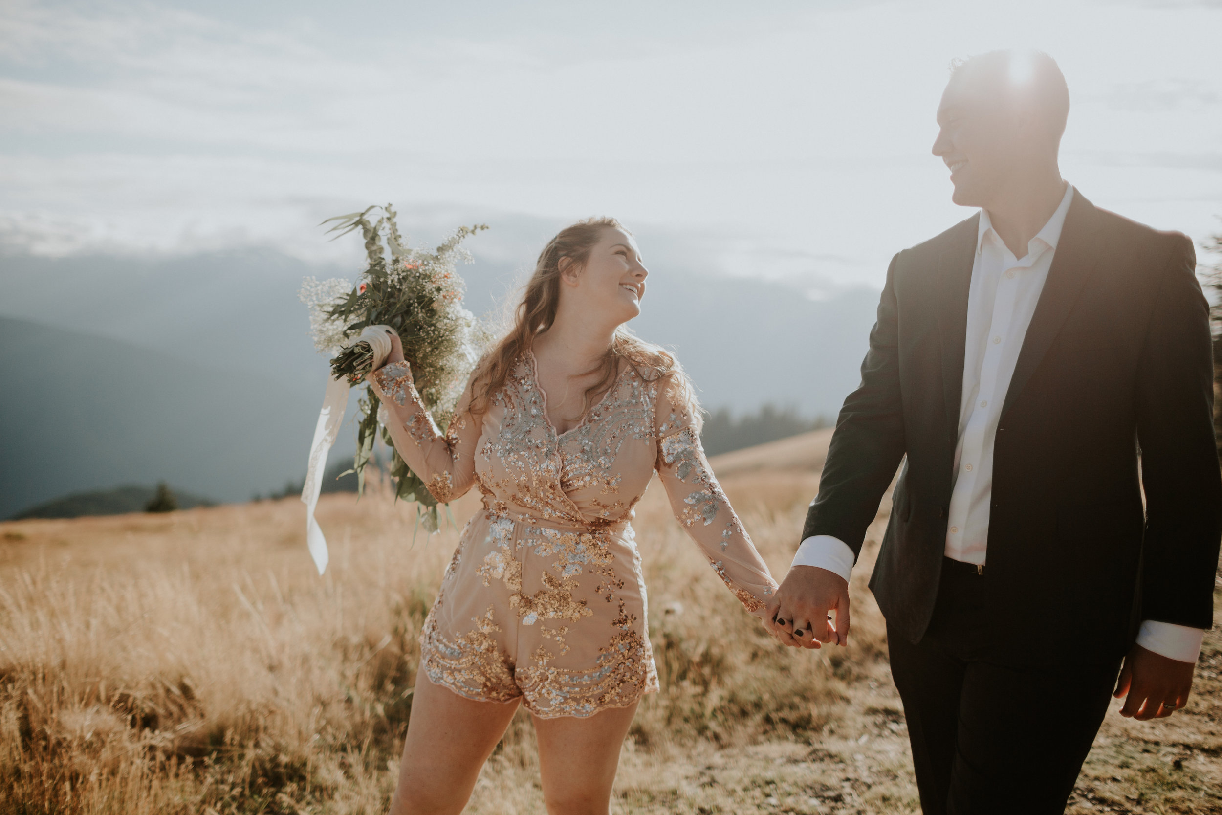 Port Angeles-Portrait-Photographer-PNW-Photography-Anniversary-elopement-kayladawnphoto-kayla dawn photography-Hurricane Ridge-Olympic Peninsula Photographer-7.jpg