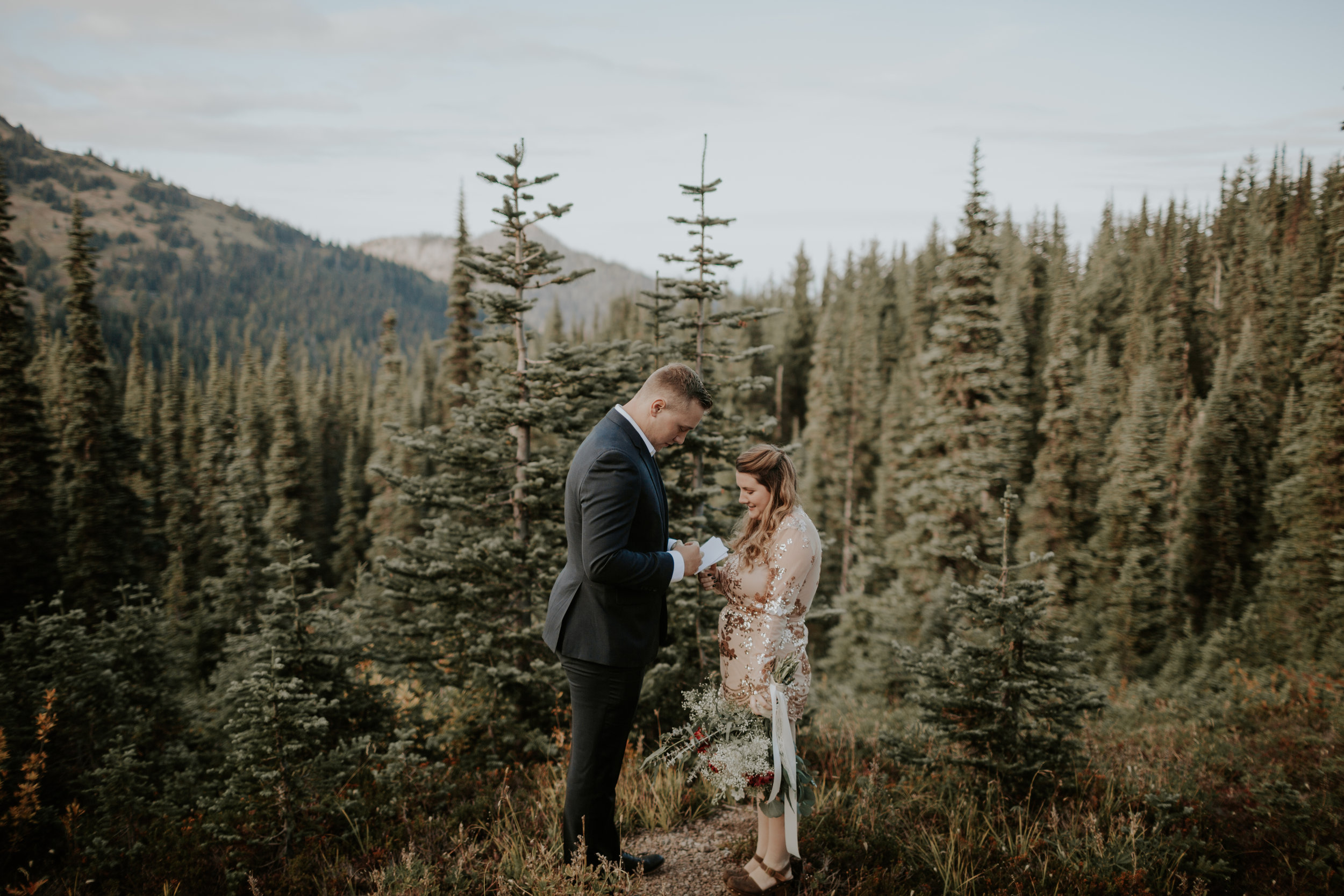 PNW-Hurricane-Ridge-Port-Angeles-Washington-elopement-photographer-kayla-dawn-photography-kayladawnphoto-wedding-anniversary-photoshoot-olympic-peninsula-126.jpg