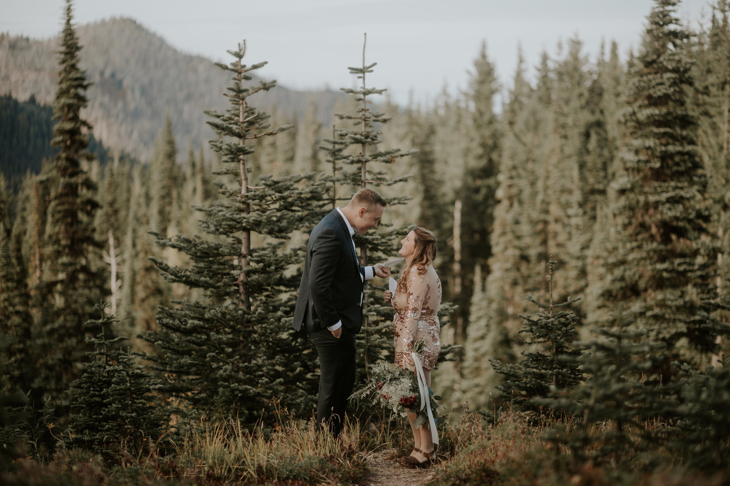 PNW-Hurricane-Ridge-Port-Angeles-Washington-elopement-photographer-kayla-dawn-photography-kayladawnphoto-wedding-anniversary-photoshoot-olympic-peninsula-130.jpg