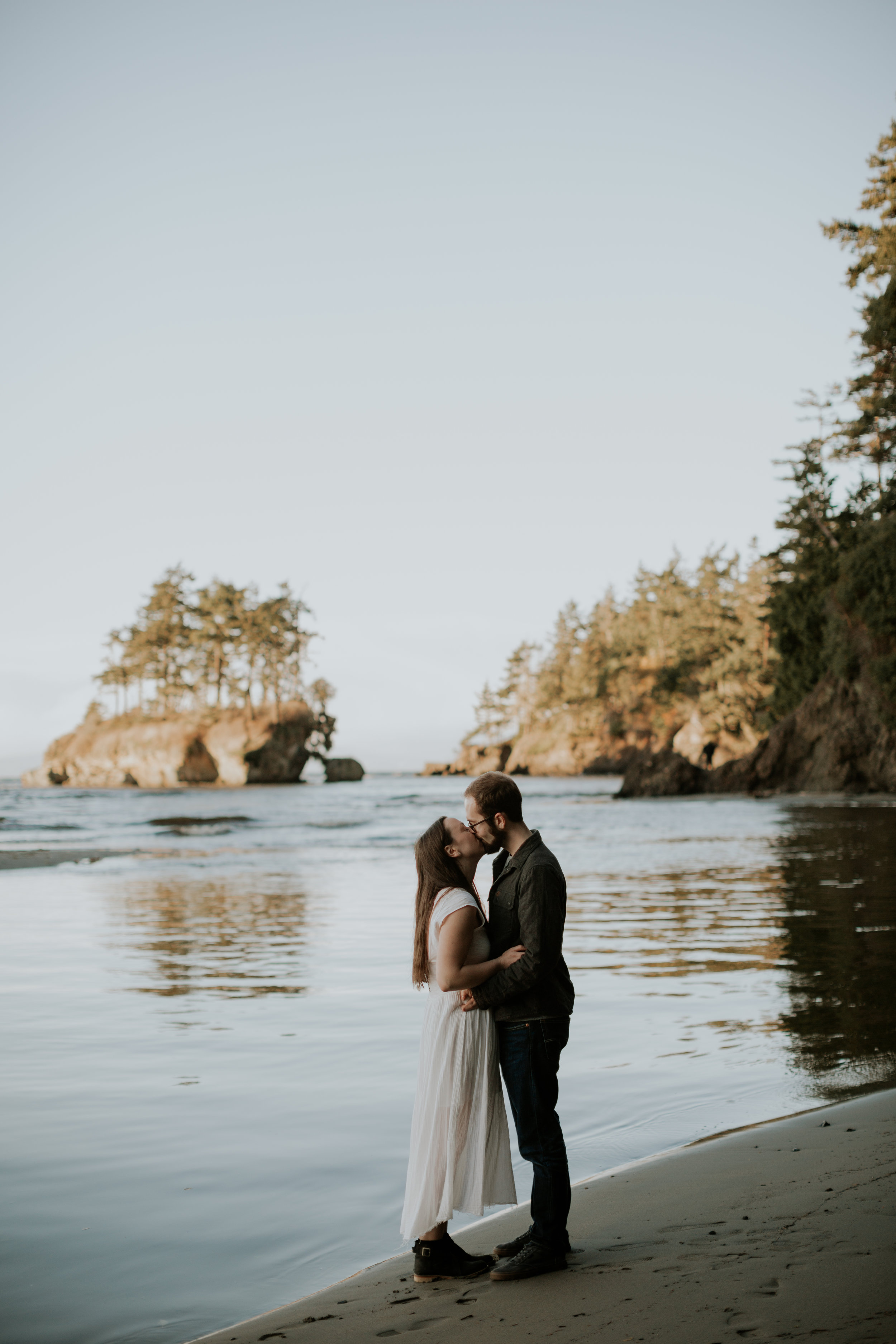 PNW-Olympic National Park-Salt Creek-engagement-Portrait-Port-Angeles-Washington-elopement-photographer-kayla-dawn-photography-kayladawnphoto-wedding-anniversary-photoshoot-olympic-peninsula-210.jpg