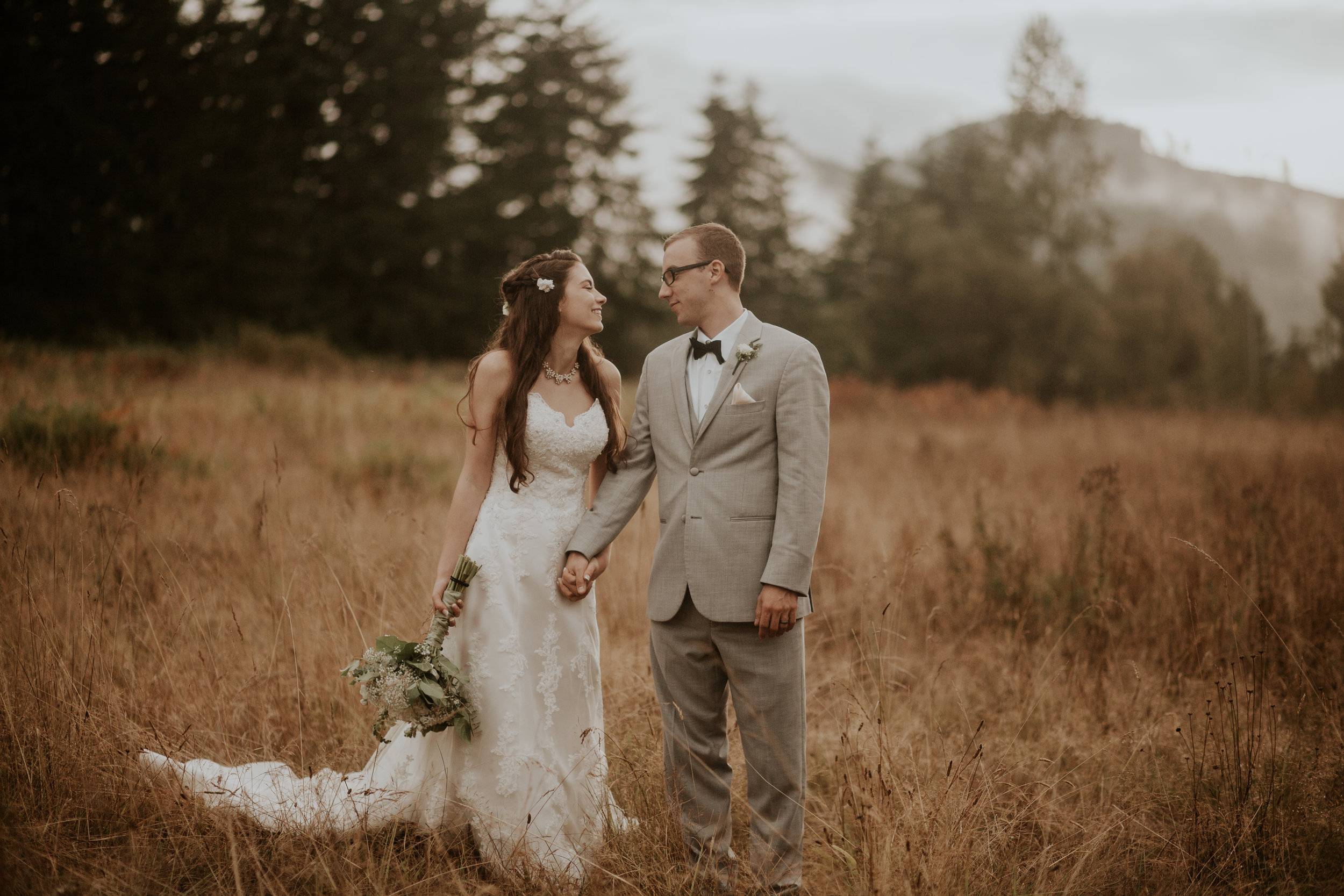 Port-Angeles-elopement-wedding-pnw-olympic-peninsula-photographer-portrait-kayladawnphoto-kayla-dawn-photography-olympic-national-park-107.jpg