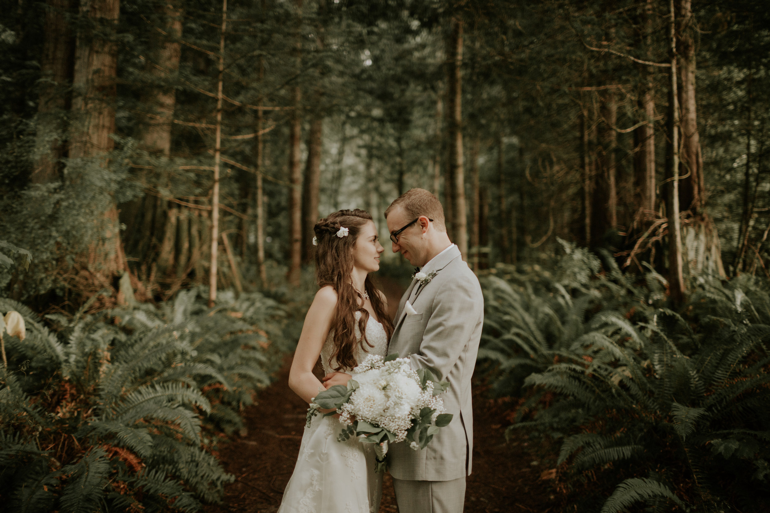 Port-Angeles-elopement-wedding-pnw-olympic-peninsula-photographer-portrait-kayladawnphoto-kayla-dawn-photography-olympic-national-park-193.jpg