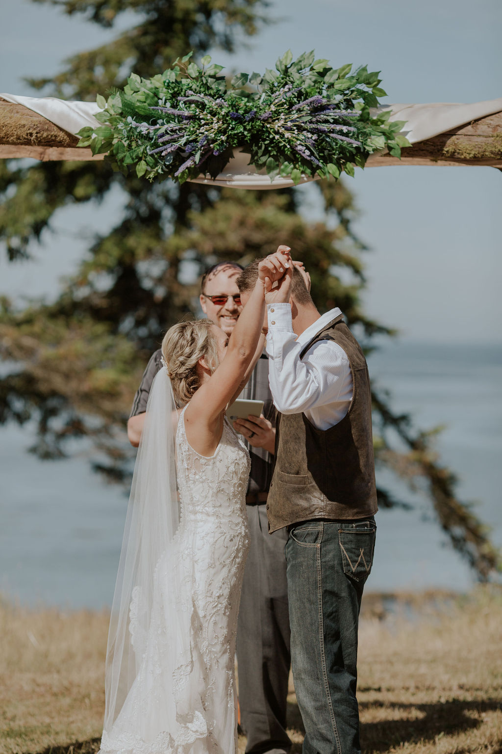 Port-Angeles-Wedding-Photographer-pnw-Whiskey-Creek-Beach-NW-Washington-couples-kayladawnphoto-kayla-dawn-photography-olympic-peninsula-hurricane-ridge-93.jpg