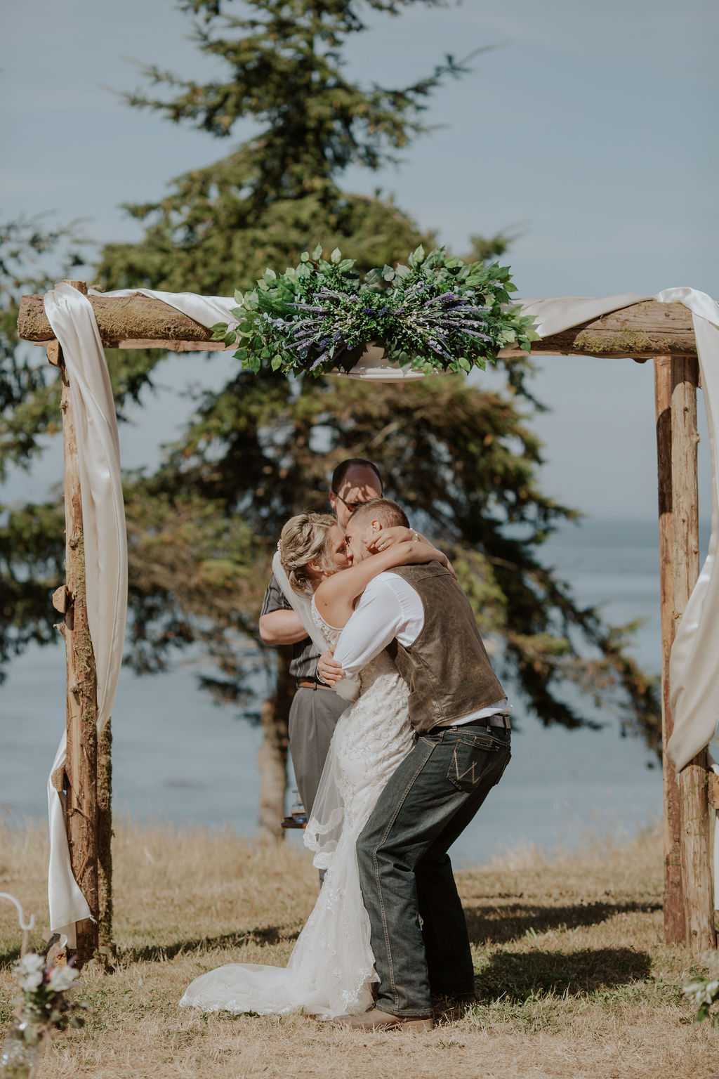 Port-Angeles-Wedding-Photographer-pnw-Whiskey-Creek-Beach-NW-Washington-couples-kayladawnphoto-kayla-dawn-photography-olympic-peninsula-hurricane-ridge-98.jpg