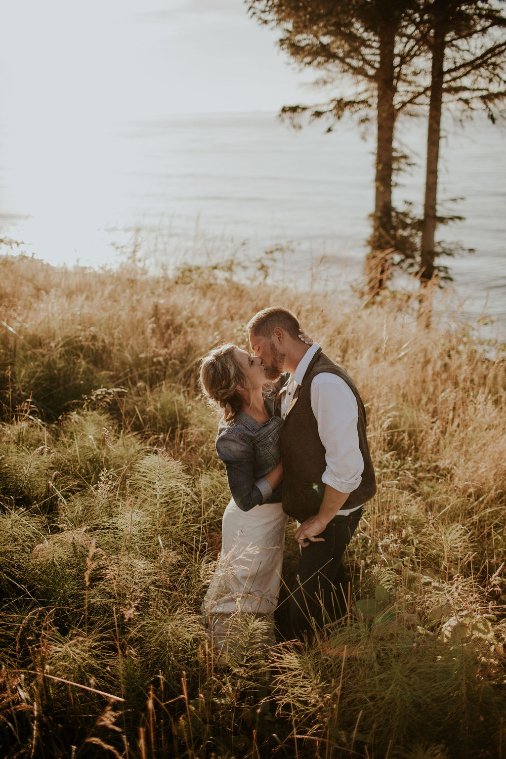 Port-Angeles-Wedding-Photographer-pnw-Whiskey-Creek-Beach-NW-Washington-couples-kayladawnphoto-kayla-dawn-photography-olympic-peninsula-hurricane-ridge-37.jpg