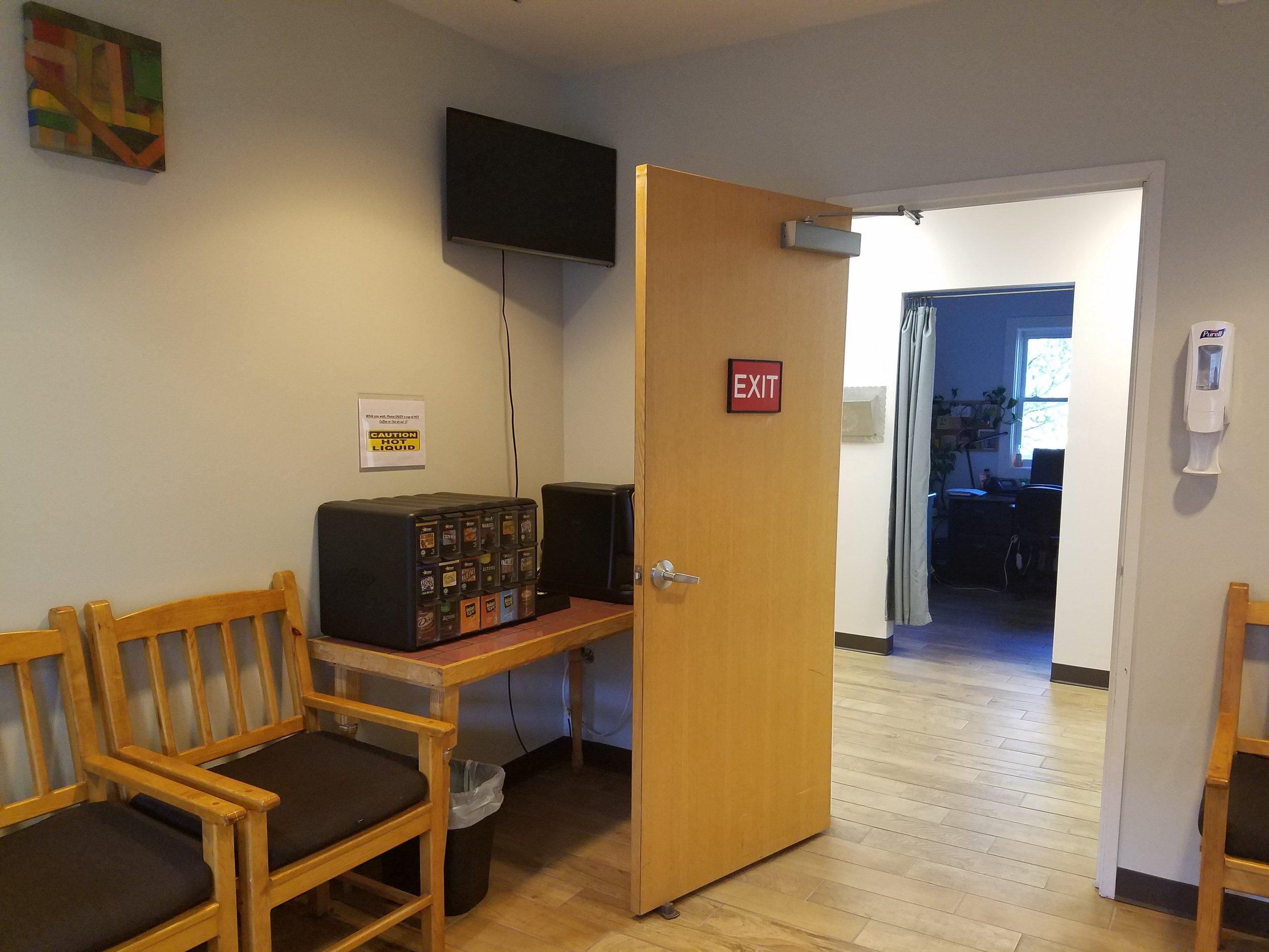Nephrophiles Office (5).jpg