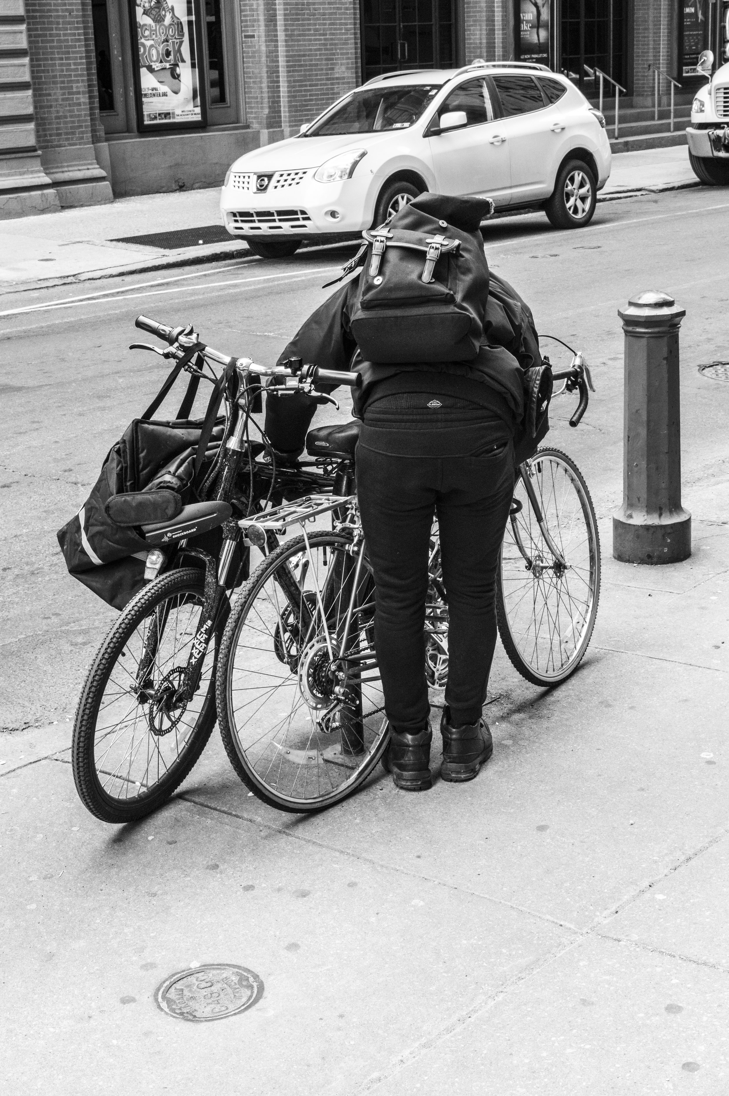guylocking bike-philly-matthew zepp.jpg