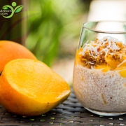 Raw mango chia pudding crunch