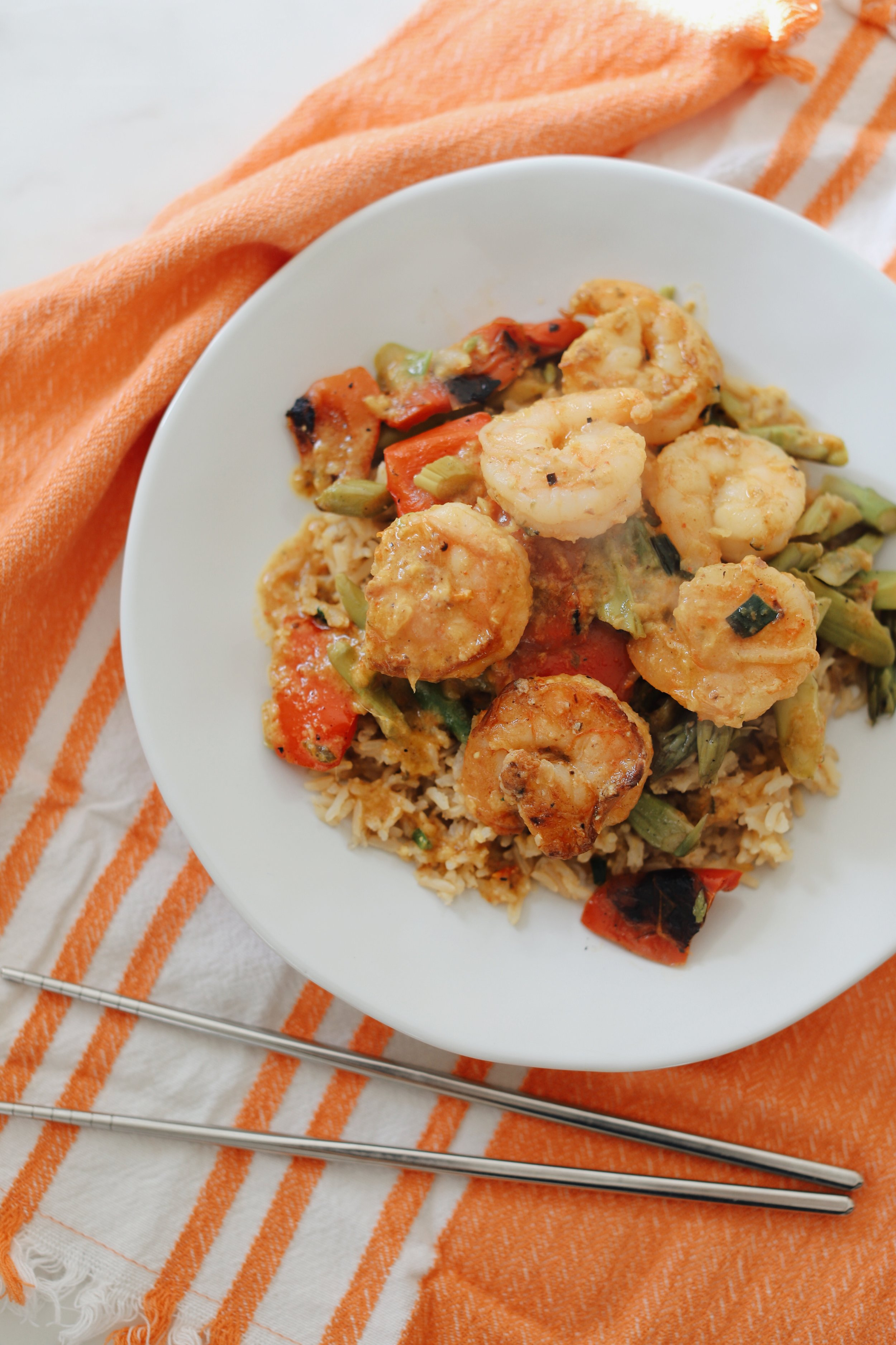 RealEats Red Curry Shrimp with Brown Rice and Asparagus – shrimp were jumbo and didn't shrink when boiled!