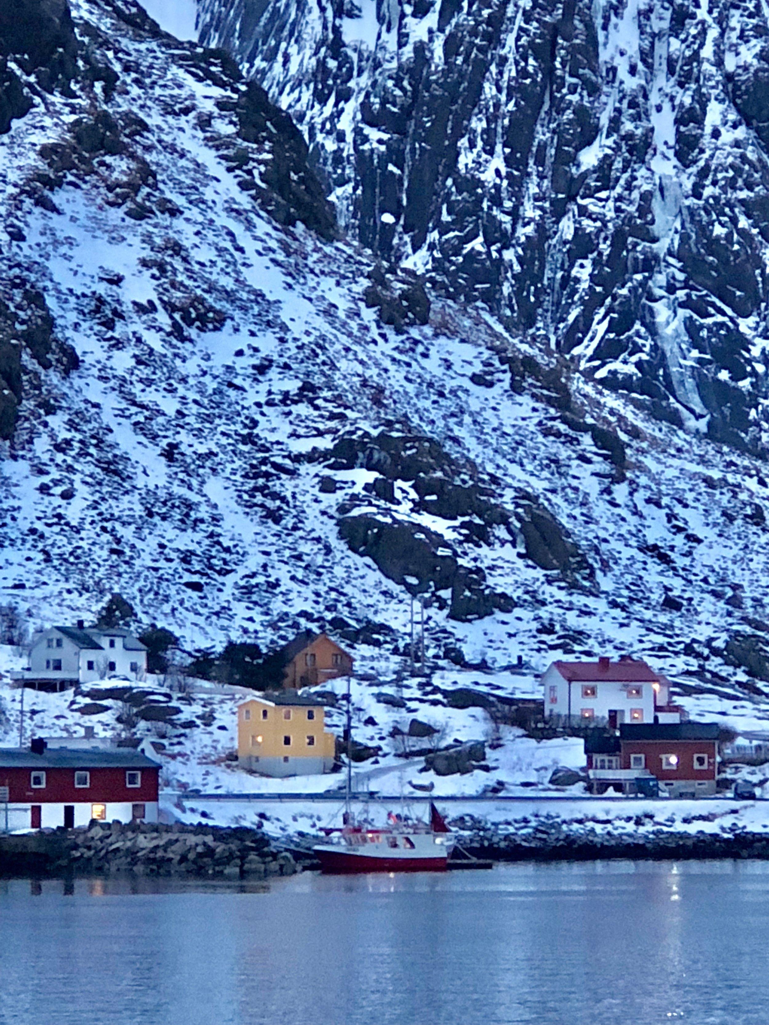 Lofoten 内一个较大的渔业重区-Ballstad