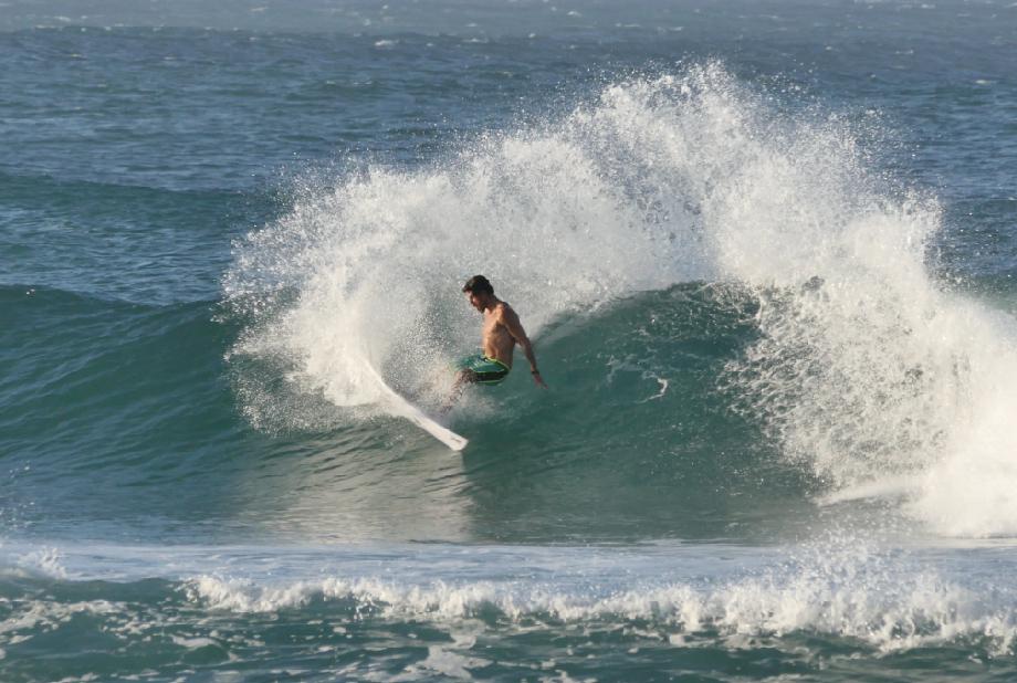 SurfMovment3:3.jpg