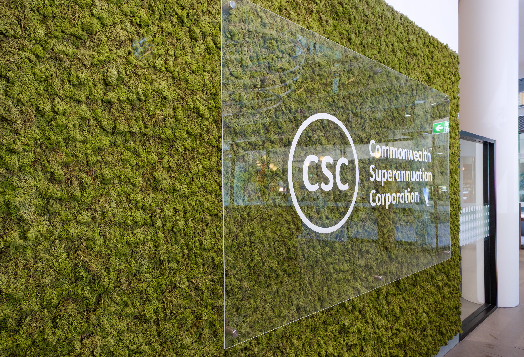Commonwealth Superannuation Corporation, Canberra - Controlling sound, reducing air pollution, and regulating building temperature are all benefits of incorporating nature in a space - Biophilic design not only makes people happy, it also makes our bank accounts happy by reducing energy costs.