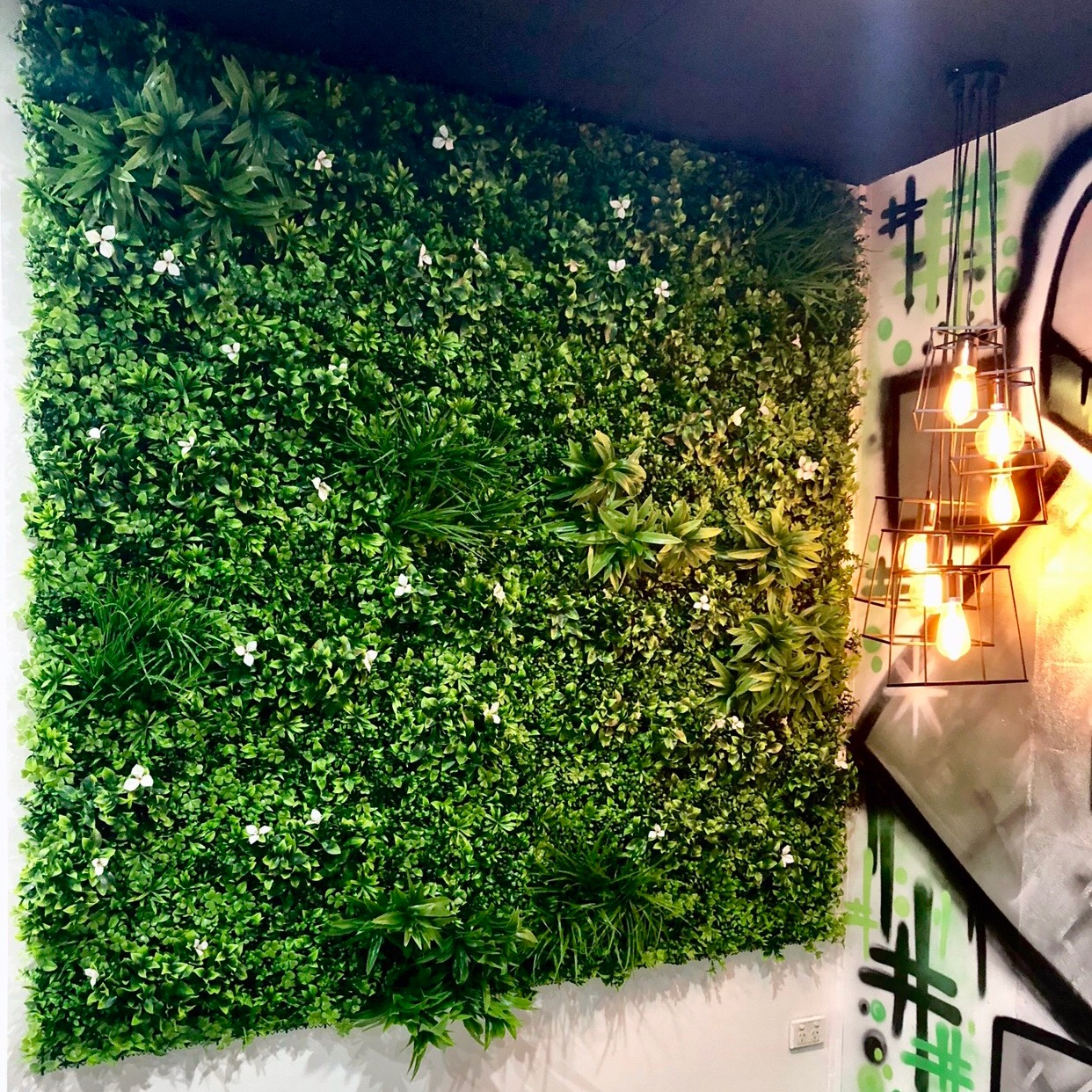 SMI+National+-+Epping+-+Artificial+Plant+Wall.jpg