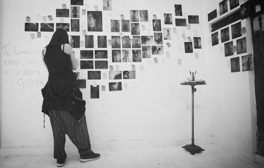 Pero en ese haber de imágenes desbordantes terminan sobrando imágenes, imagenes que ya no tenemos ni el tiempo para ver.