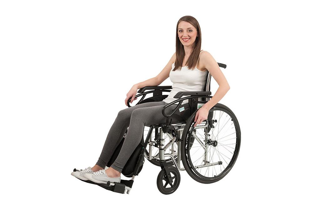 2-Fisionoleggio-noleggio-ausili-carrozzine-e-sedie-a-rotelle-pieghevoli-per-anziani-e-disabili.jpg