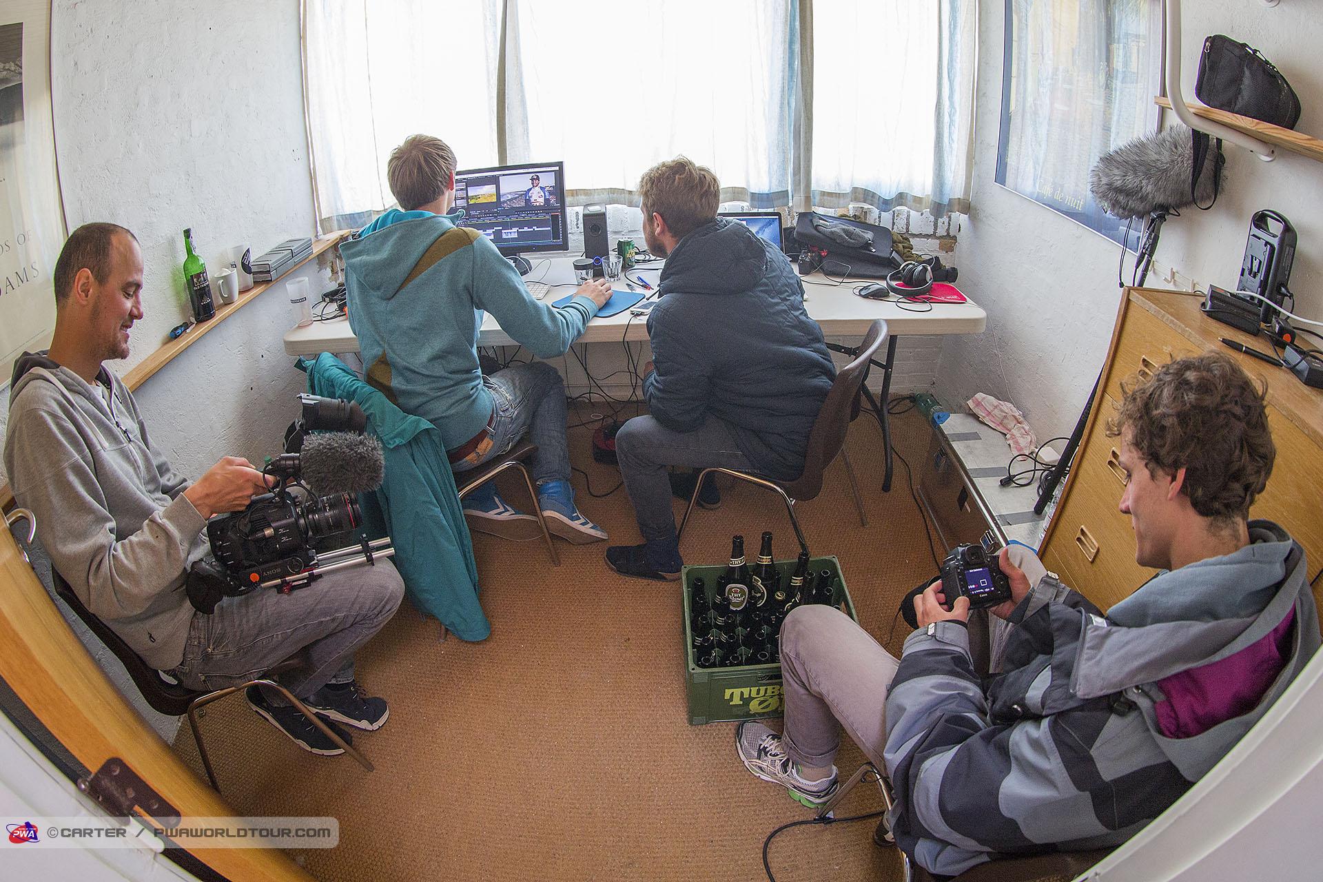 DK15_ls_TV_crew_at_work.jpg