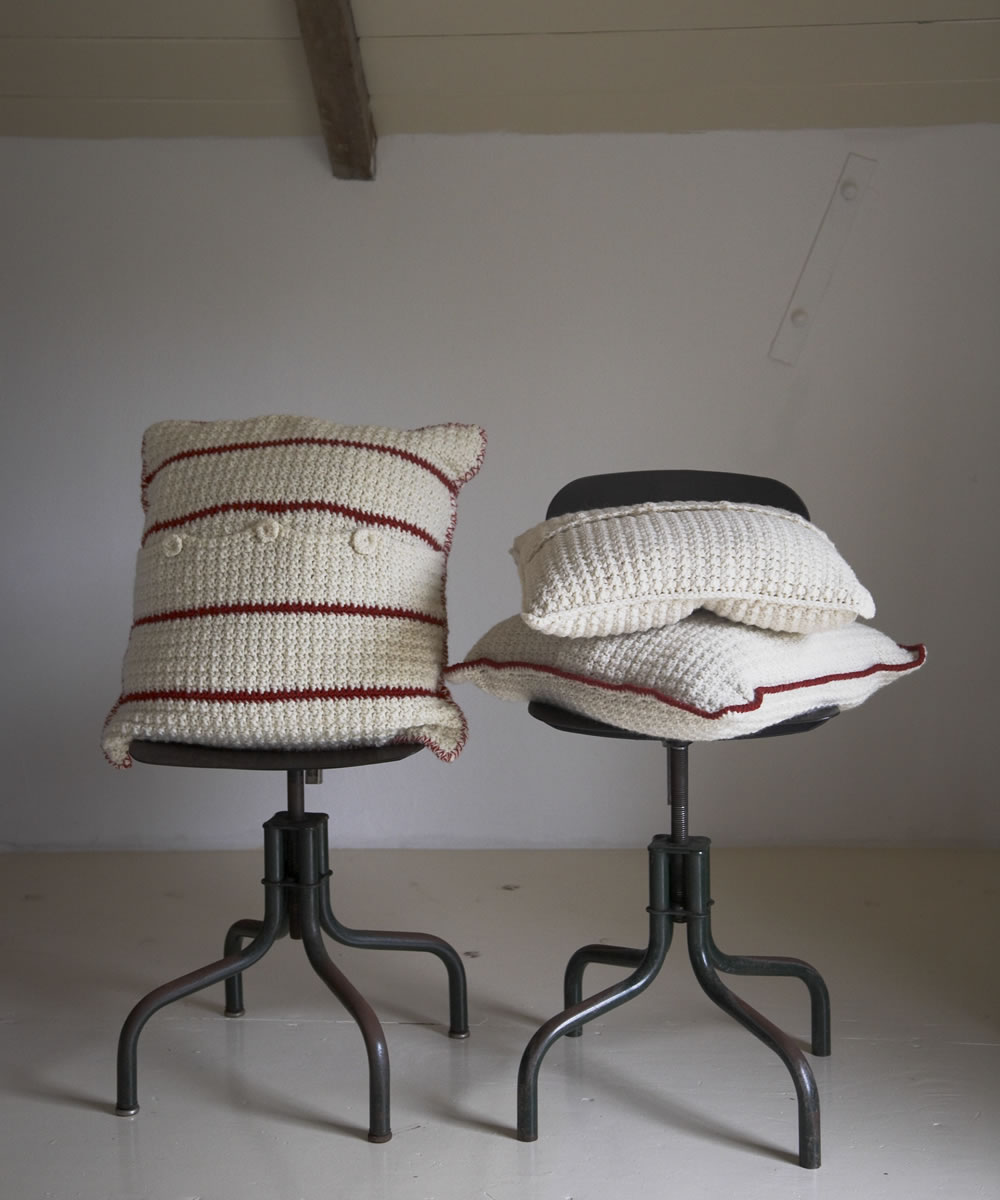 cushions_two_chairs_lo.jpg