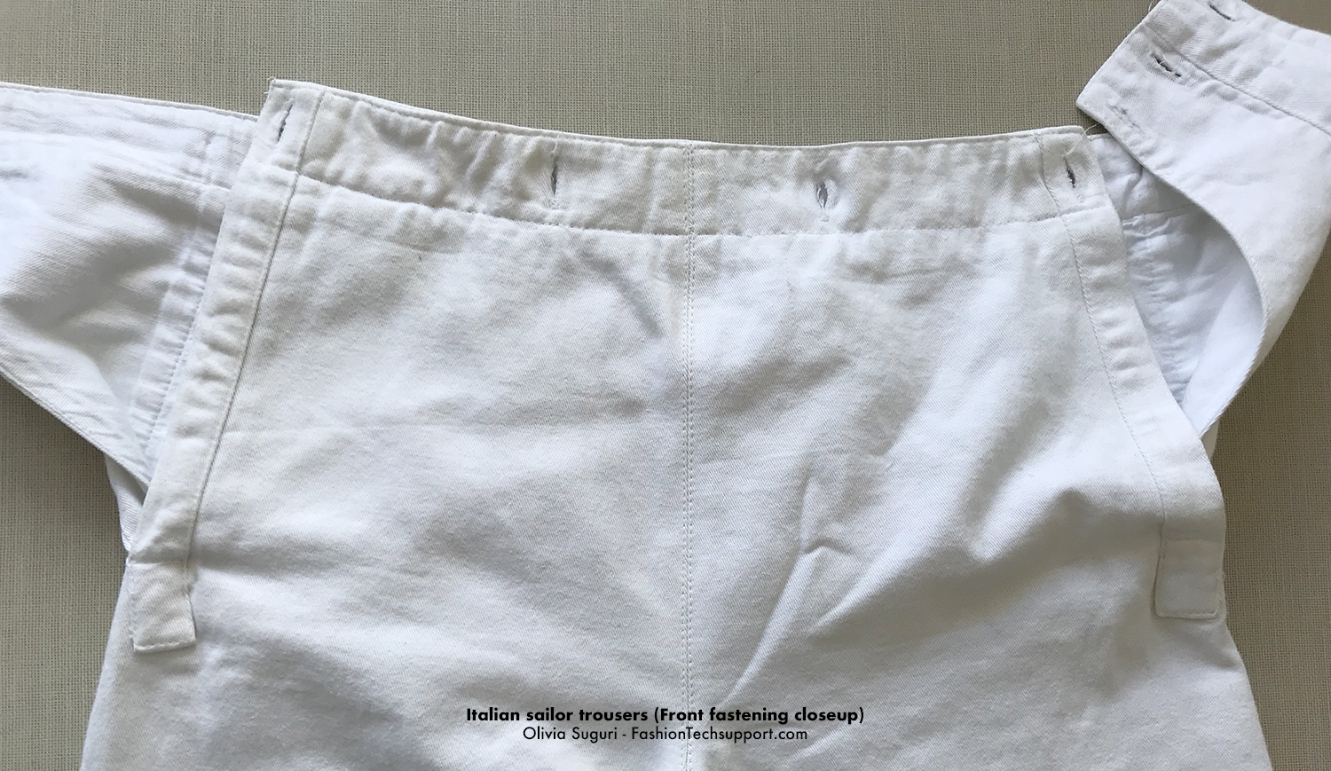 FashionTechsupport-sailor-trousers-IT-front-fastening-closeup.jpg