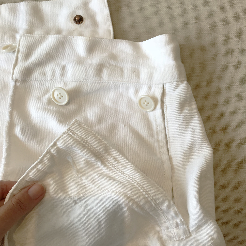 French-sailor-trousers-closeup-front-pocket-opening.jpg