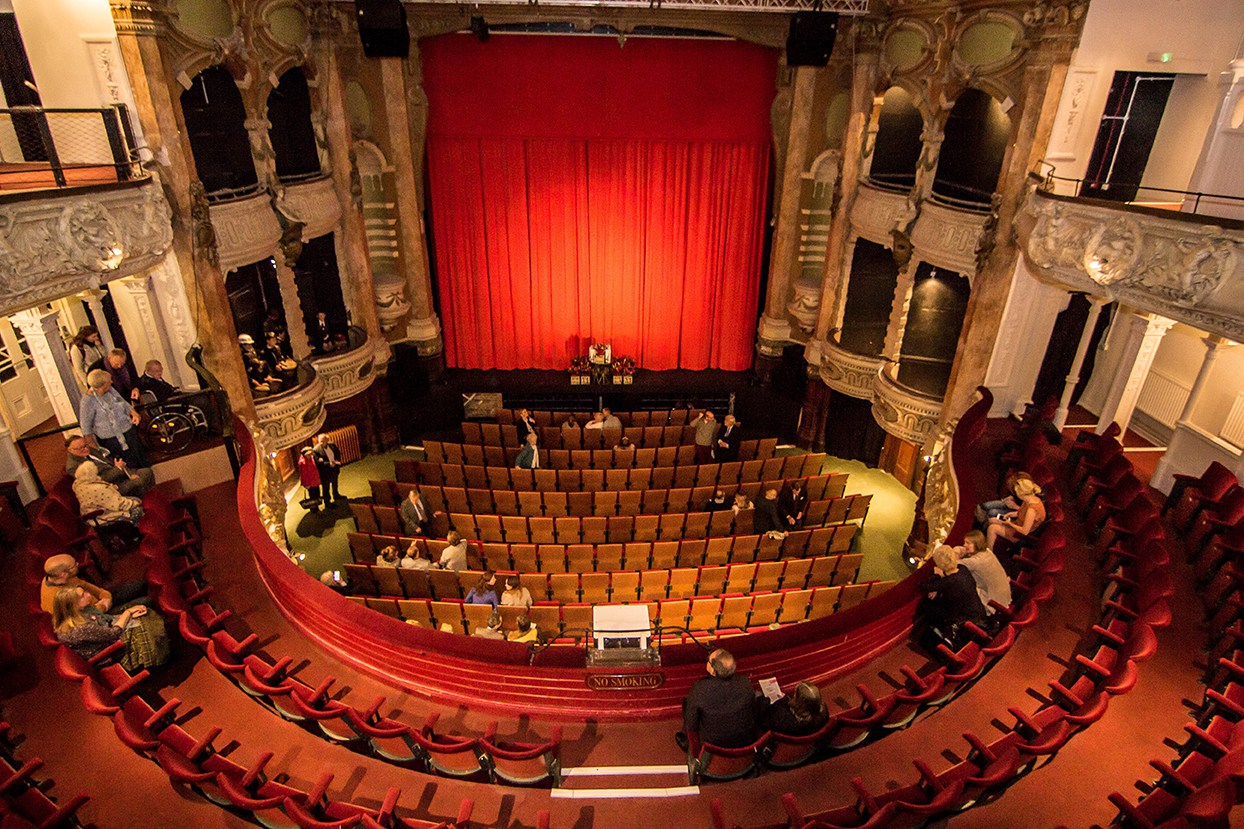 New-Theatre-Royal-in-Portsmouth-1.jpg
