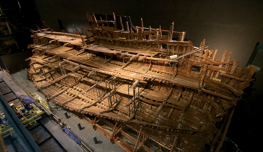 Mary Rose Museum reopens with unobstructed views, 3D projections