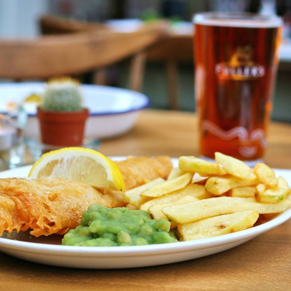 the bridge tavern, old portsmouth -