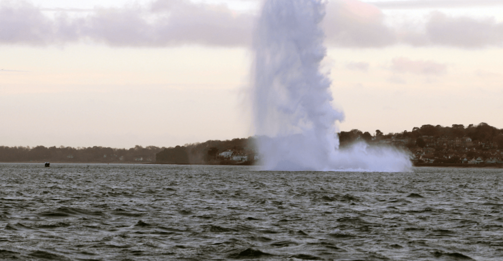 royal navy destroys german bomb portsmouth