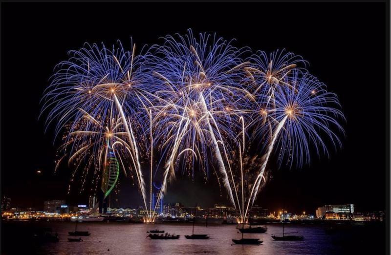 Gunwharf-Quays-fireworks-2017