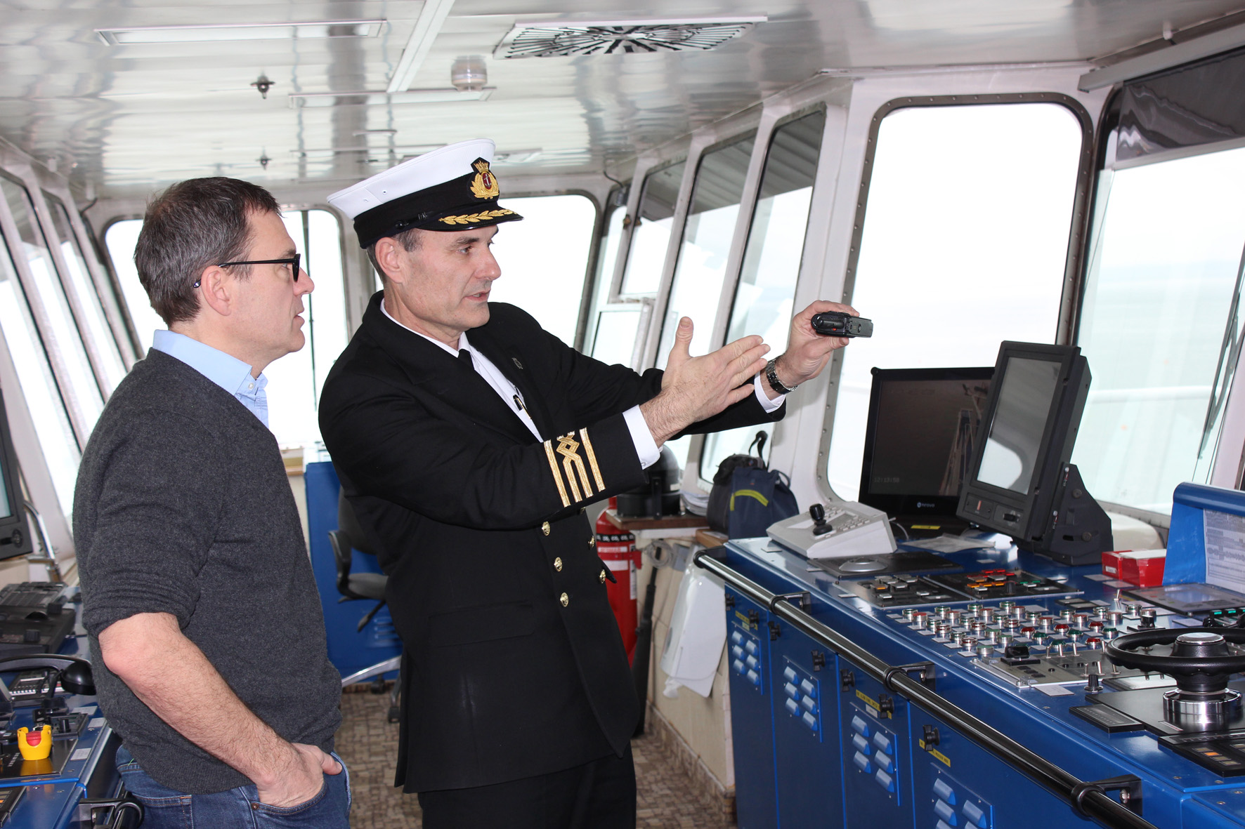 MP Bob Seely with Captain Alex Procopuk.jpg