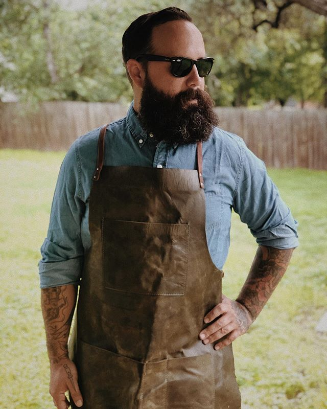I wanted to thank @thelifeoflee_ellis for gifting me this @curatebystash apron. We will be ordering these for our employees @1898lockhart , and YES WE ARE HIRING!! 📸: @vanessalainphoto