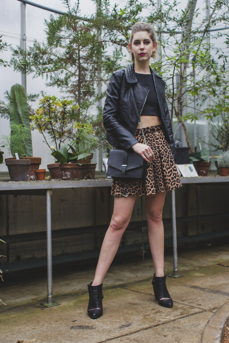crop+top+leather+skirt+and+leather+jacket.jpg