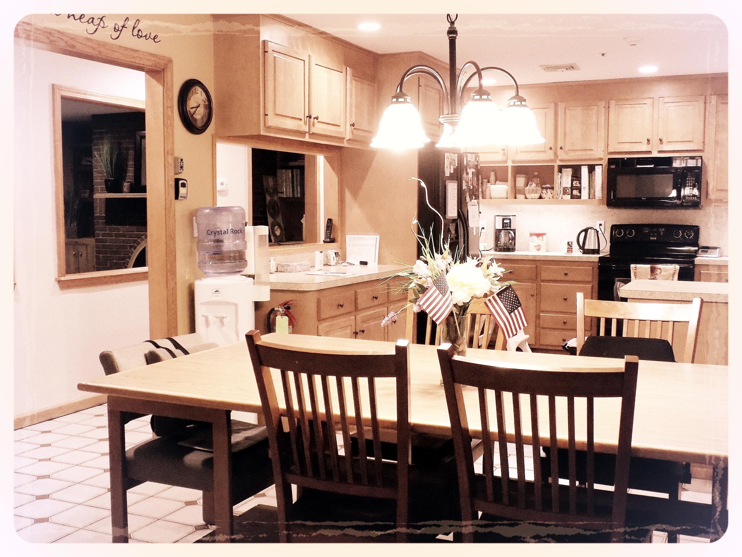 kitchen dining 109.JPG