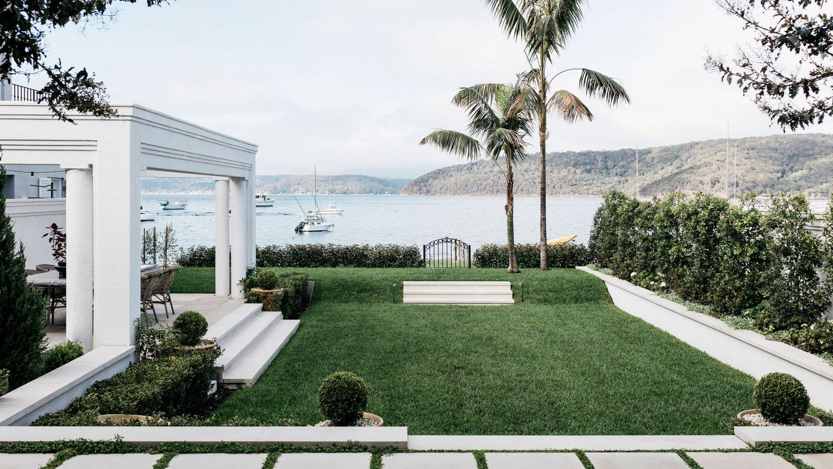 alexander-and-co-palm-beach-house-sydney-australia-7.jpg