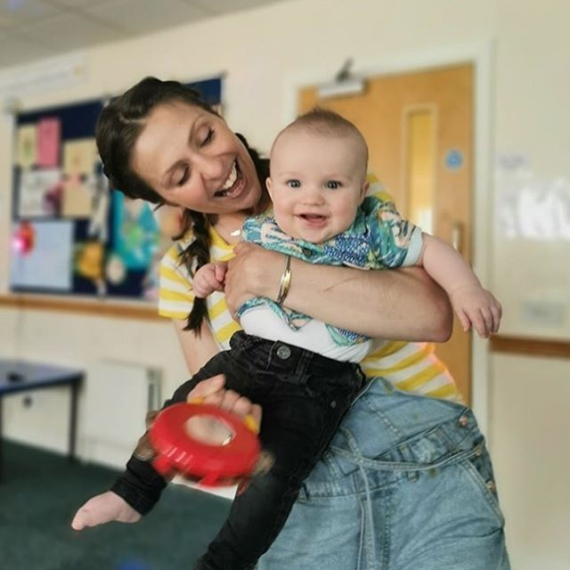 Singing and dancing and so grateful to have this little dude lighting up my life! #thankyounhs #organdonationawareness . Cardiff mummies - cannot recommend this class enough: @shpcardiff . . . . #runbecauseyoucan #yesidonate #shinyhappypeople #maternityleavelife #mysidekick #babyclub