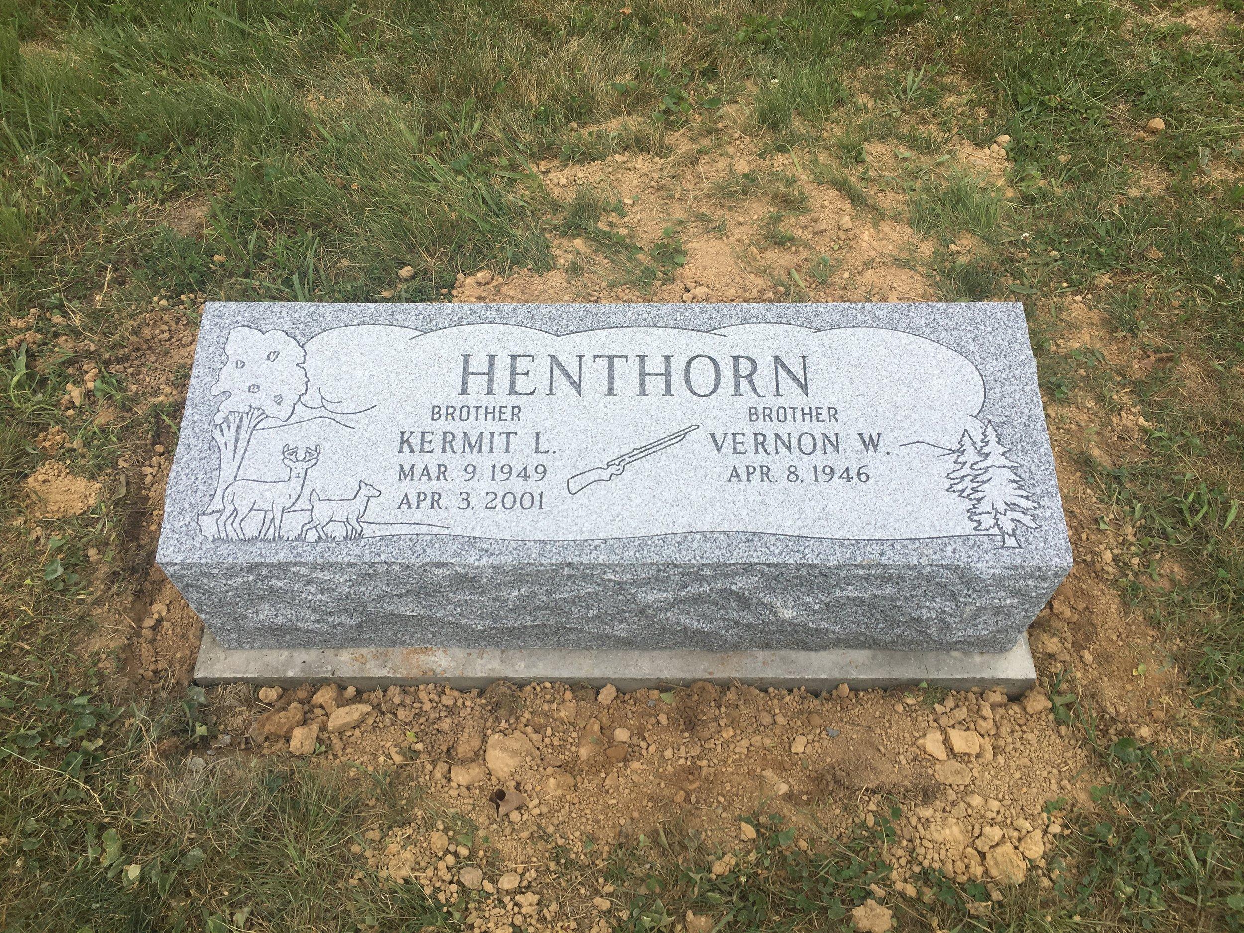Henthorn.jpg