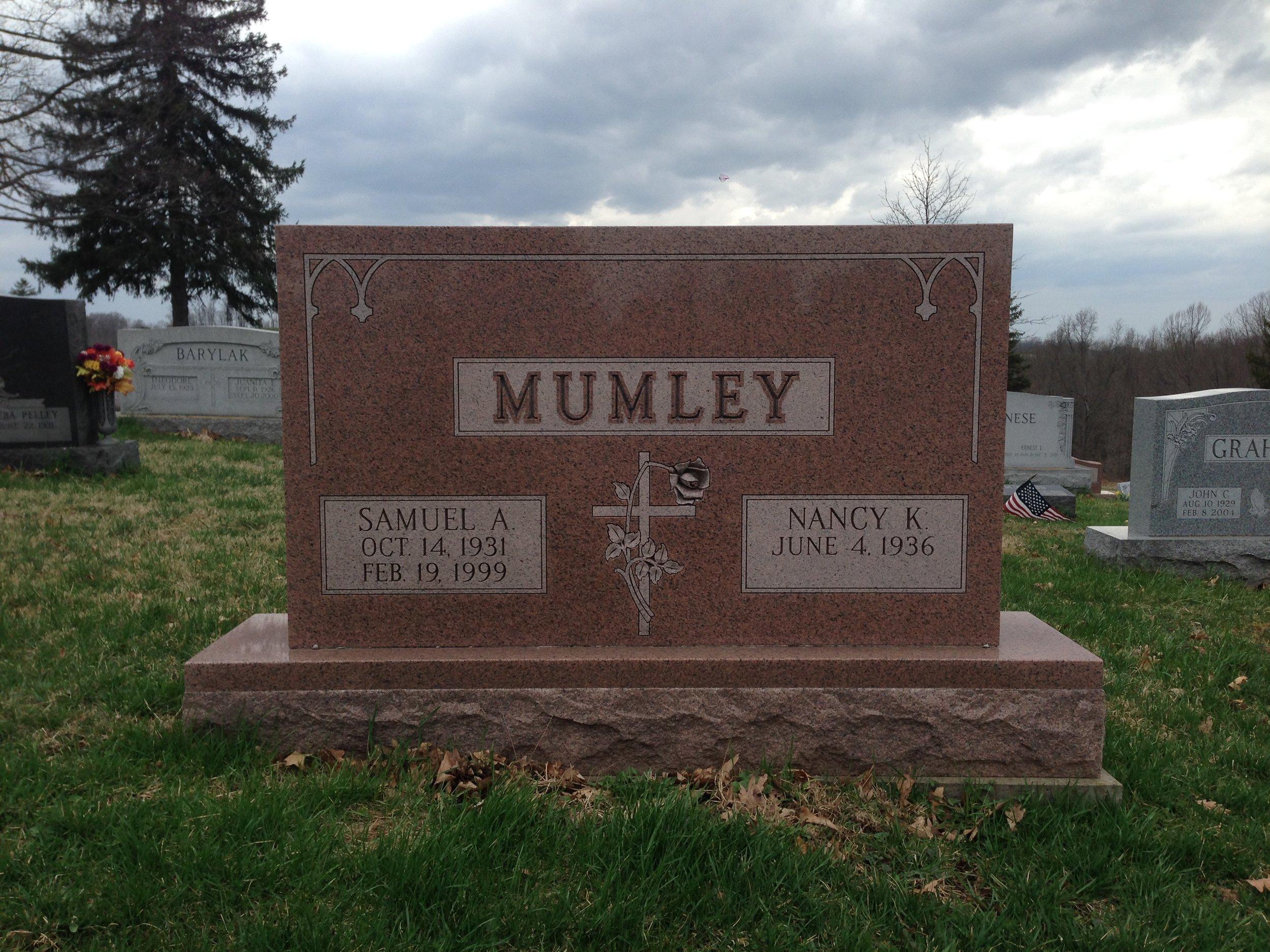 Mumley.jpg