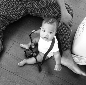 My daughter Ryla with daddy's camera :)