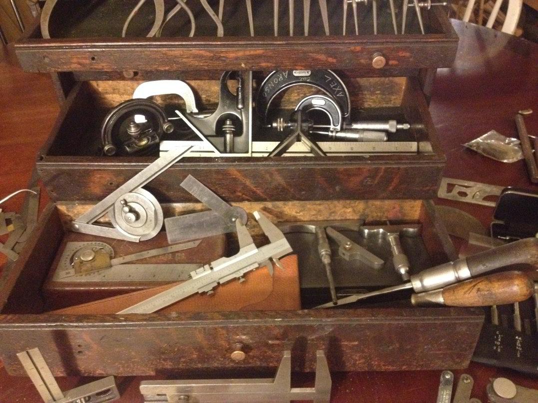 Old-Wooden-Toolbox-.jpg