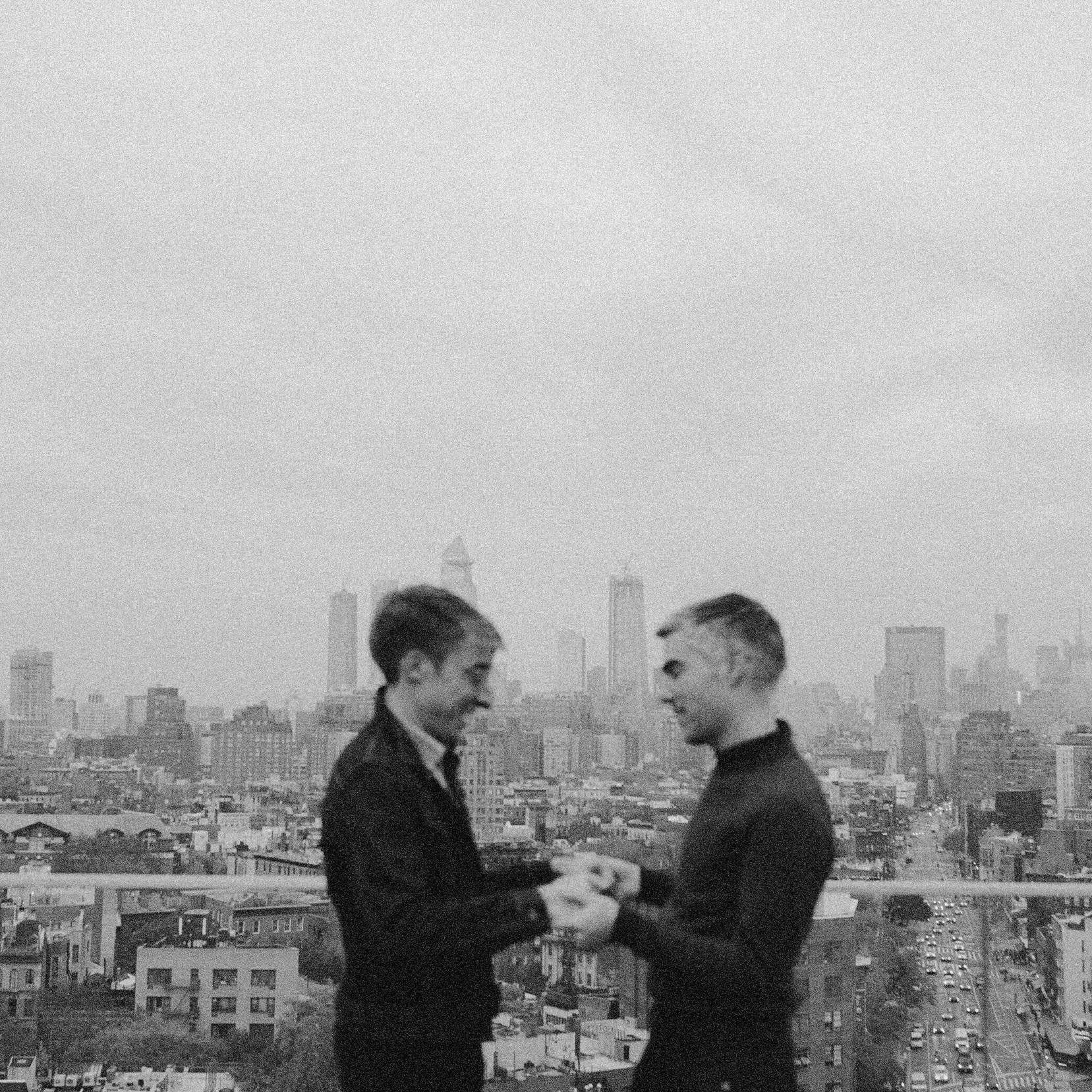lovers_in_newyork.jpg