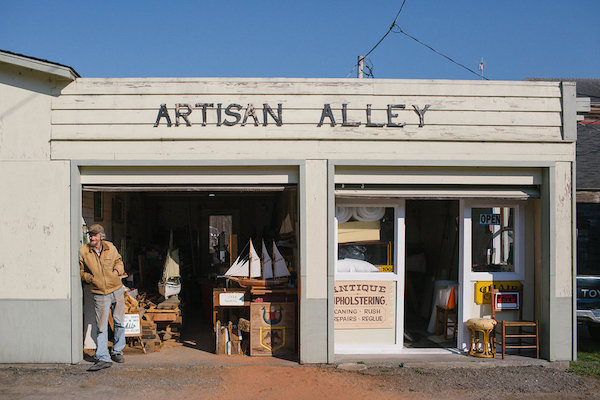 Artisan Alley | Galleries in the Historic Victorian Village of Ferndale California.jpeg