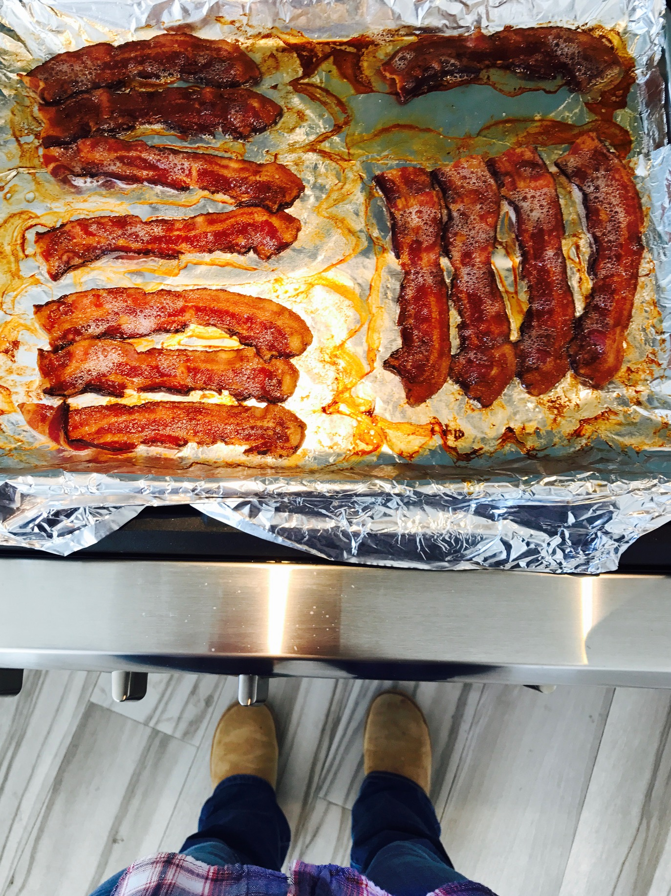 STOP FRYING your bacon already!!!  BAKE IT, BABY!