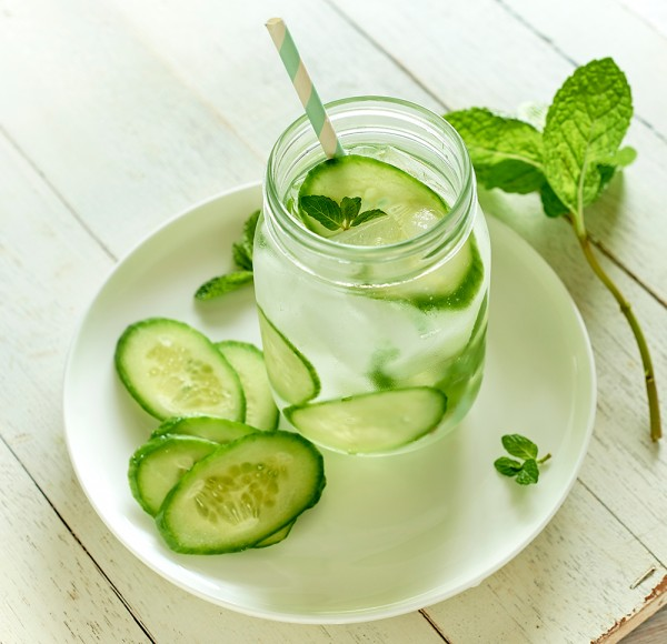 Cucumber-and-mint-Water-0092-600x580.jpg