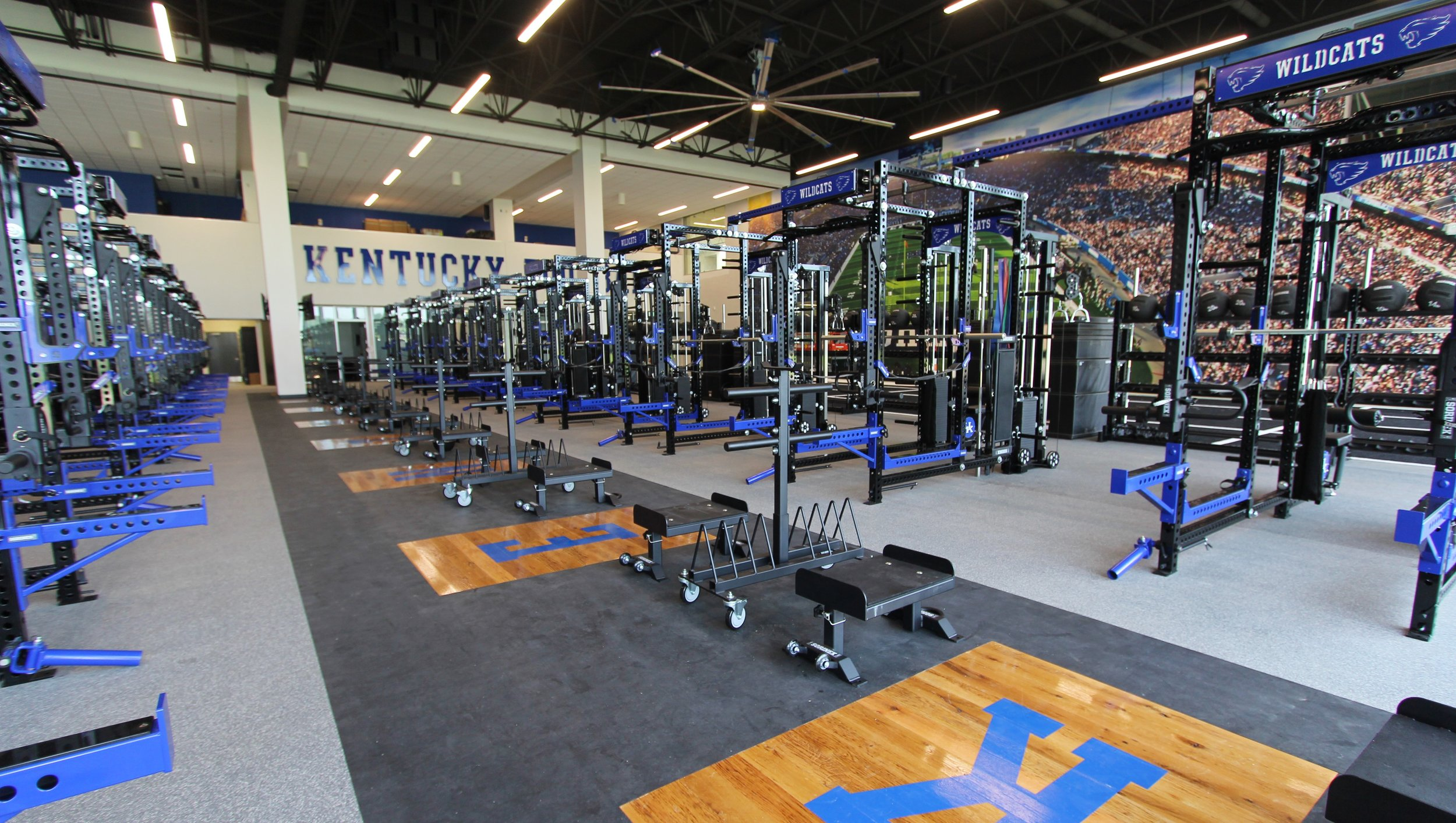 UK FTC WEIGHT ROOM.JPG
