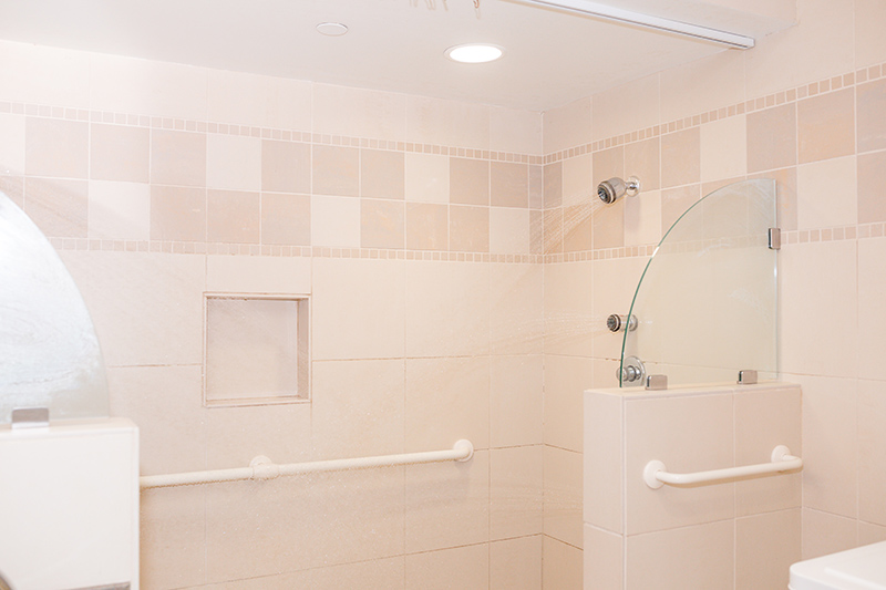The Birthing Spa - Showers Built for Two