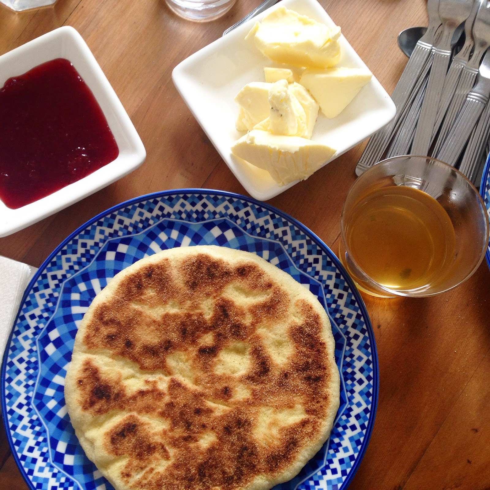 Desayunando en el riad de Marrakech