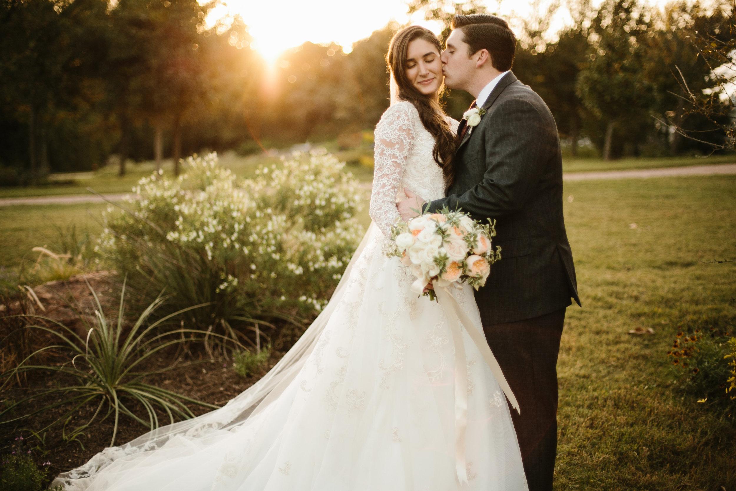 shannon_rose_rent_my_dust_fall_wedding_ (18).jpg